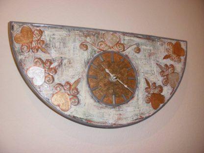 originální hodiny ve stylu provence